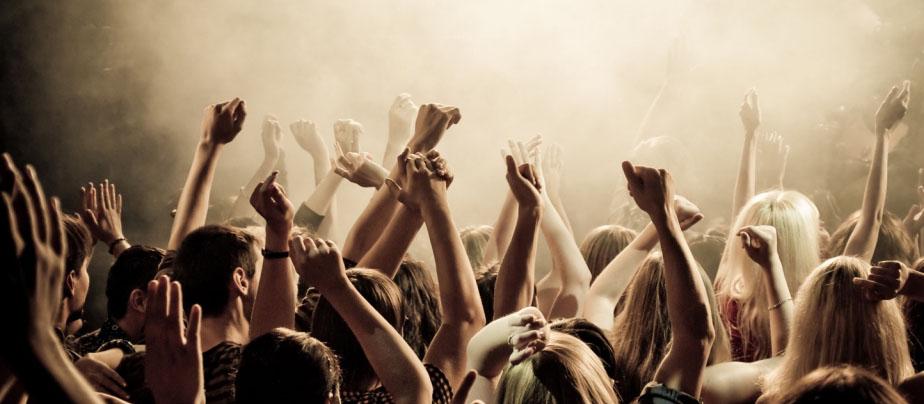 People's Party Weekend в клубе L.U.X