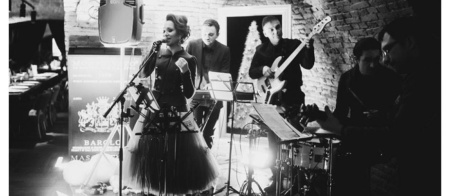 Концерт Ольги Абдуллиной и проекта NeProsto в VinyllaSky
